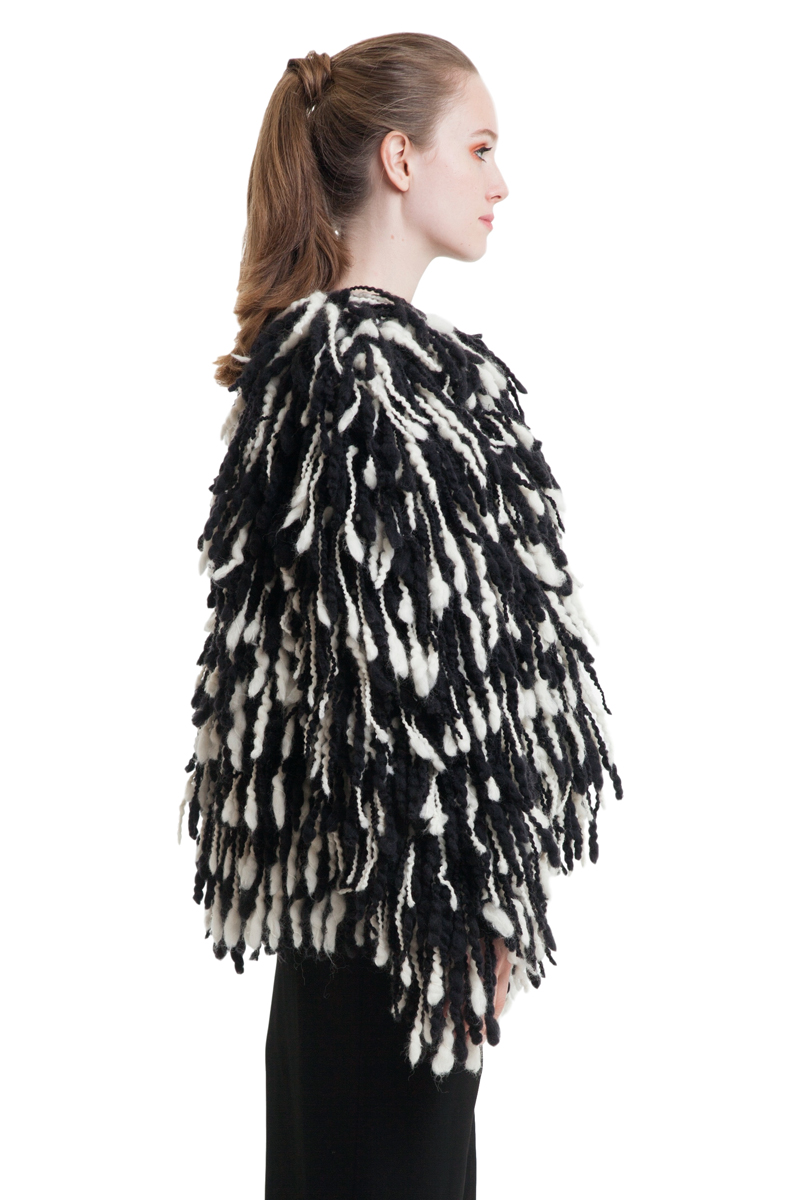 Fuzzy shearing cropped coat in black and white