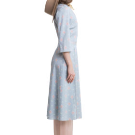 Light blue printed midi dress with flared sleeves and pleats 3