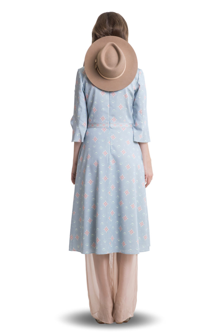 Light blue printed midi dress with flared sleeves and pleats