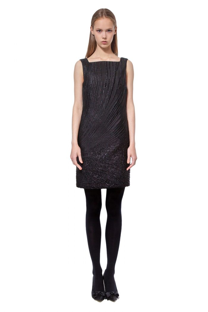 Black sleeveless jacquard above knee dress