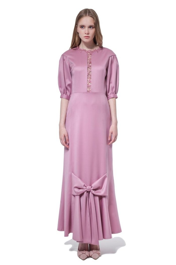 Pink maxi dress with lace trim and bow