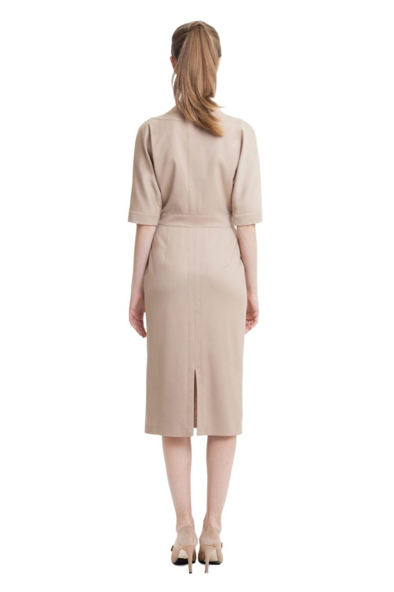 Beige dress with bat sleeves and back split