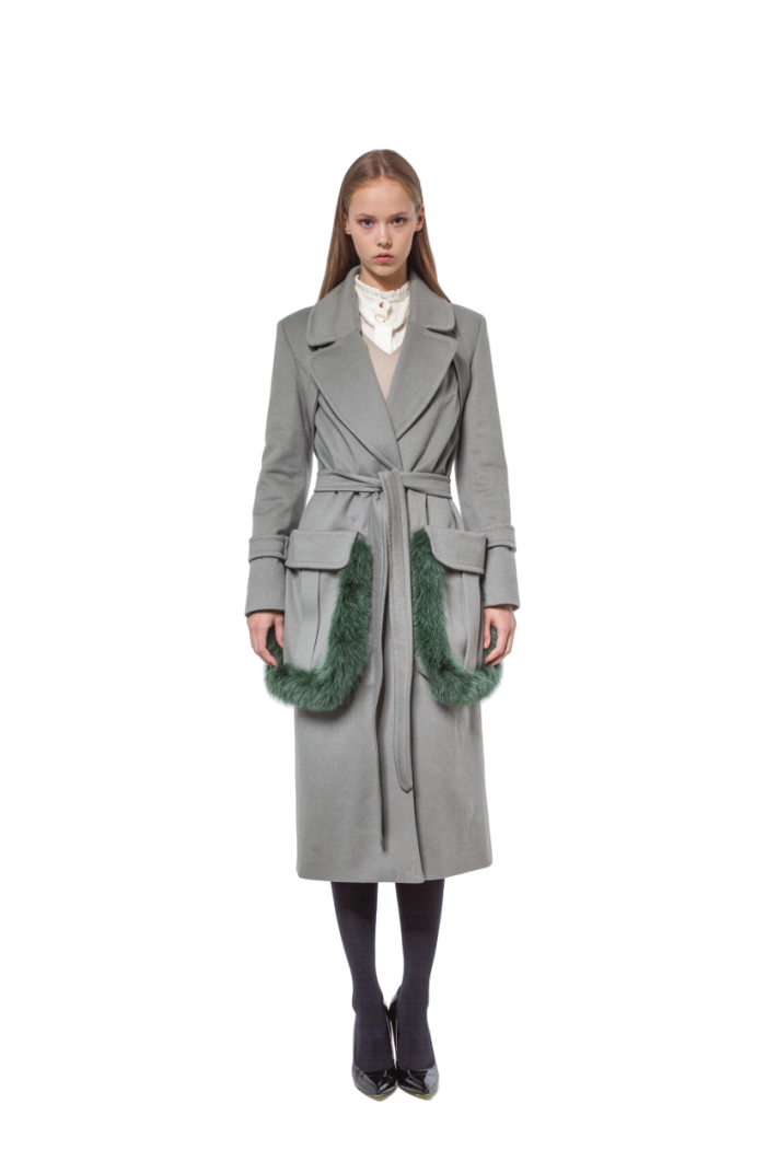 Olive green cashmere coat with fur-trimmed pockets