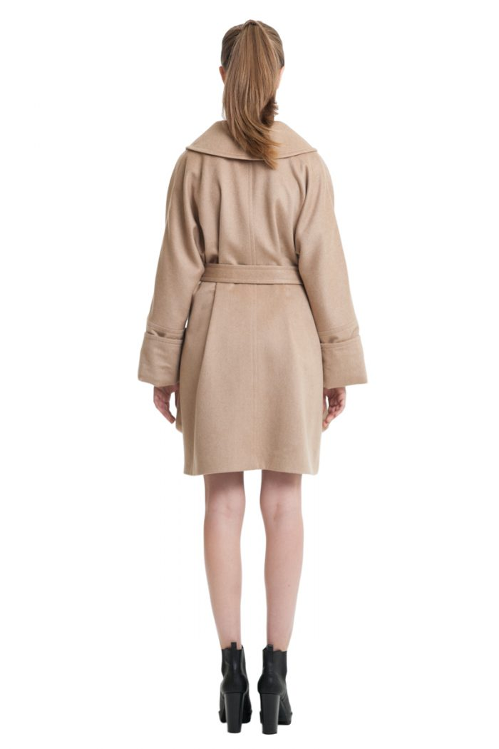 Beige cashmere coat with big patch pockets