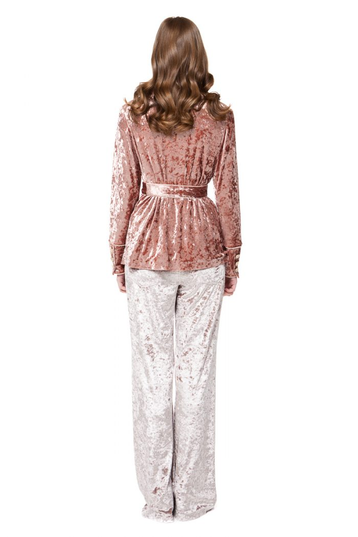 BRENNA velvet pyjama style blazer in rose pink with pockets and a belt by DIANA ARNO.
