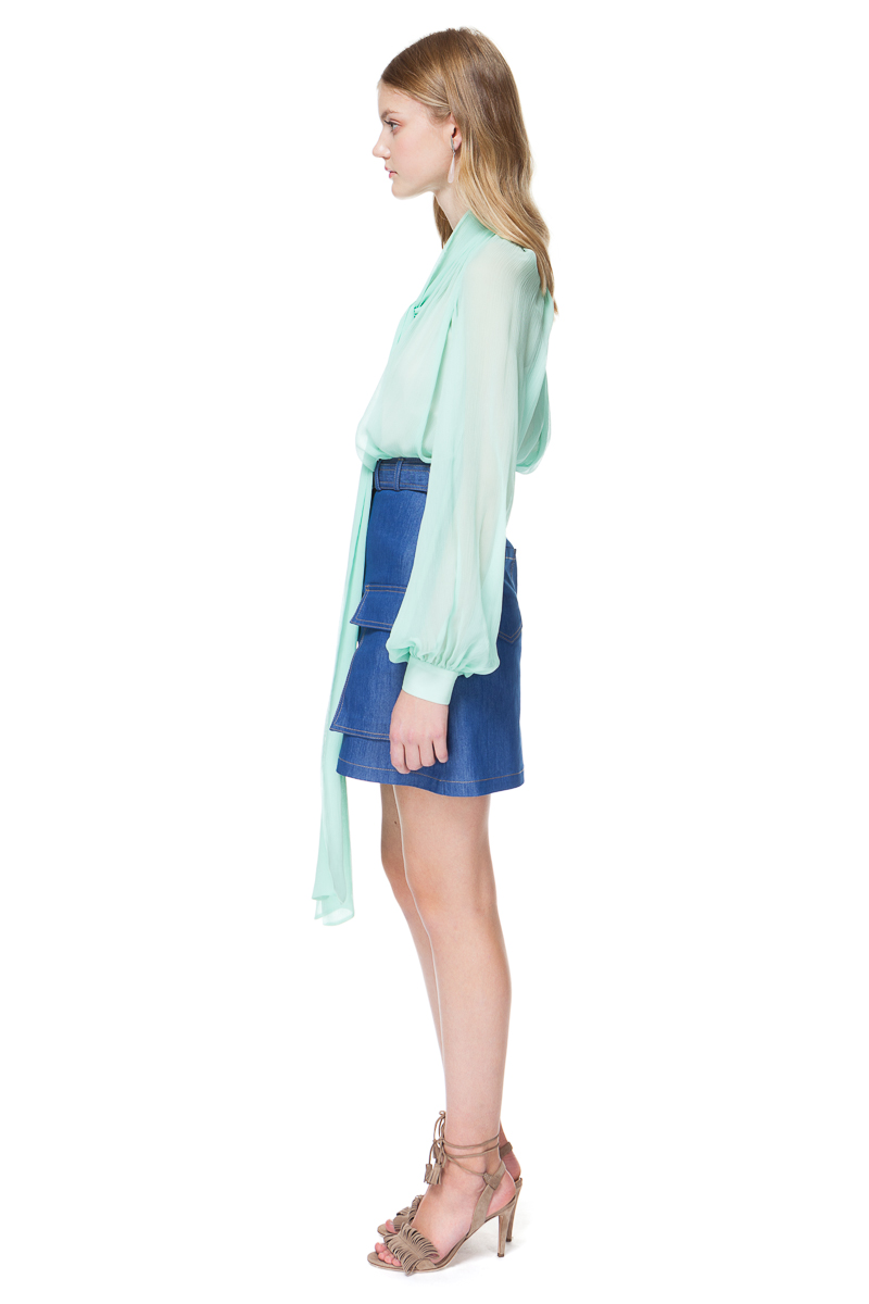 22ba258548eb2 LUISA silk blouse with a tie-bow in flowing silhouette.