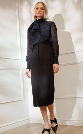 DIANA ARNO LEAH WOOL PENCIL SKIRT WITH PATCH POCKETS