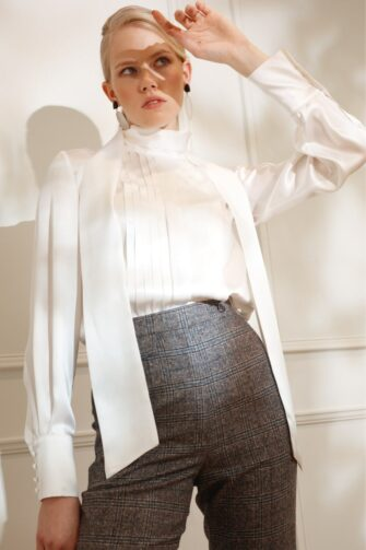 DIANA ARNO LELIA SILK SCARF BLOUSE IN DREAMY WHITE