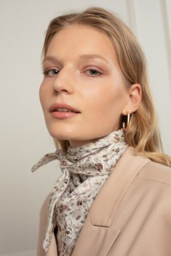 ALIS SILK SCARF IN ENGLISH ROSE