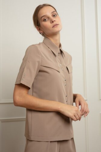 ANA OFF-DUTY SHIRT IN COLD COCOA
