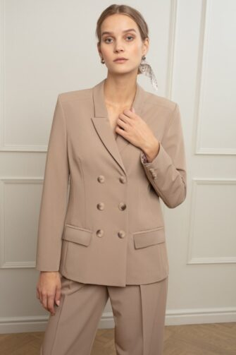 BRITT TAILORED BLAZER IN COLD COCOA