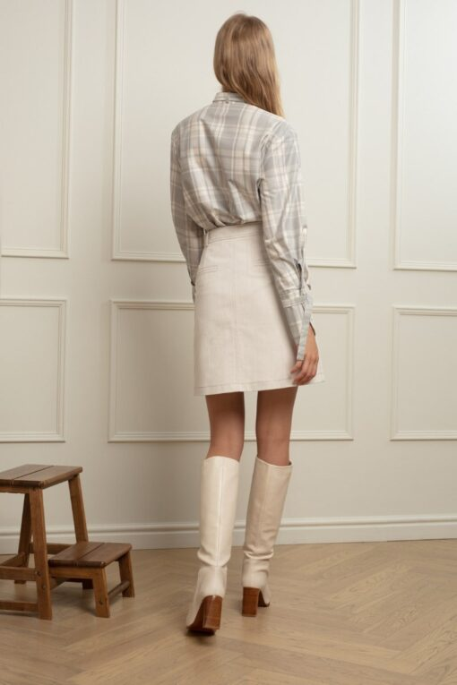 KOURTNEY DENIM MINI SKIRT IN MILK OOLONG